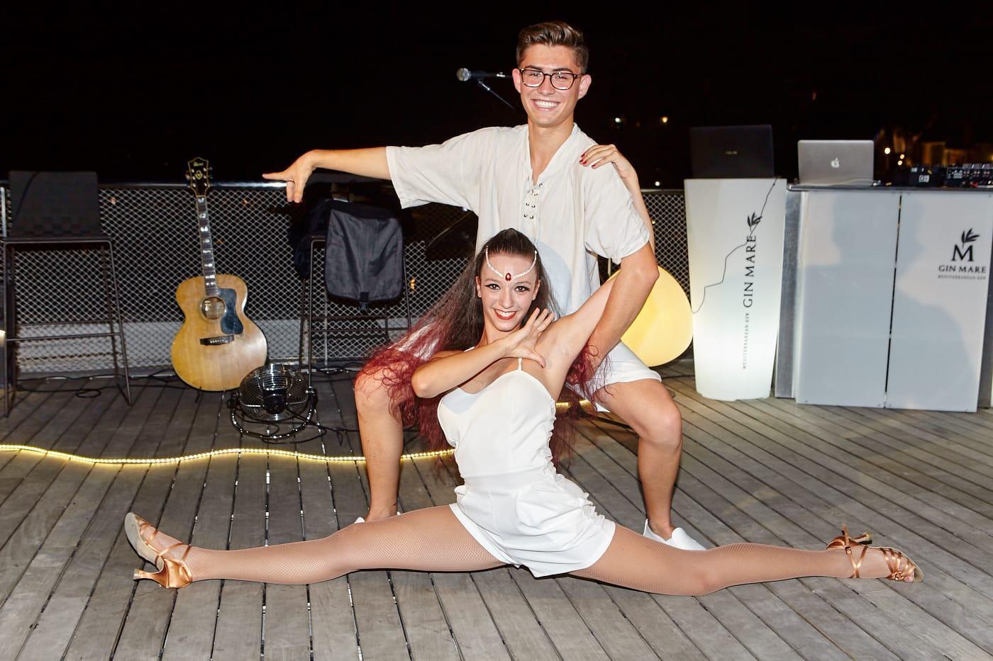 Los jóvenes bailarines demostraron sus habilidades