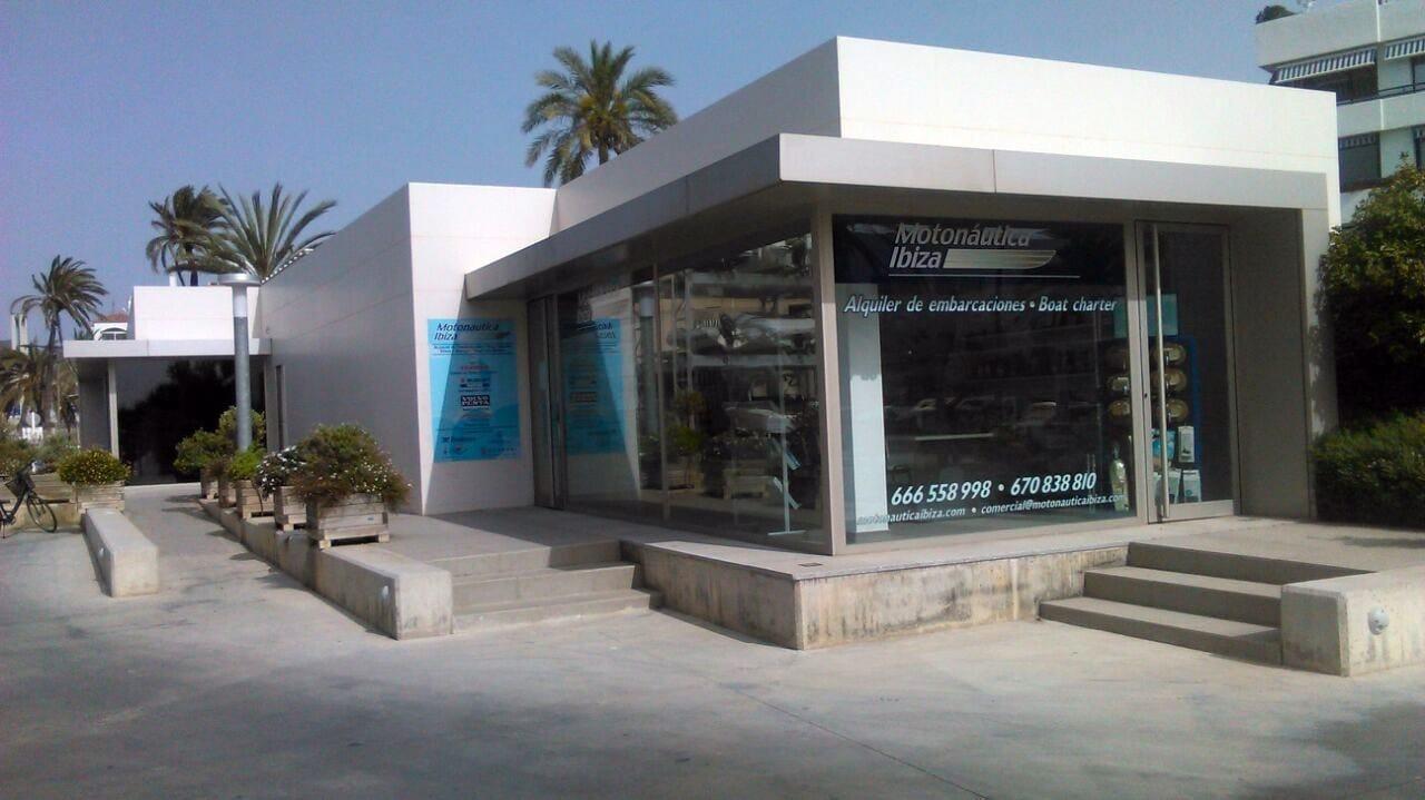 Oficina de Motonáutica Ibiza en Marina Ibiza